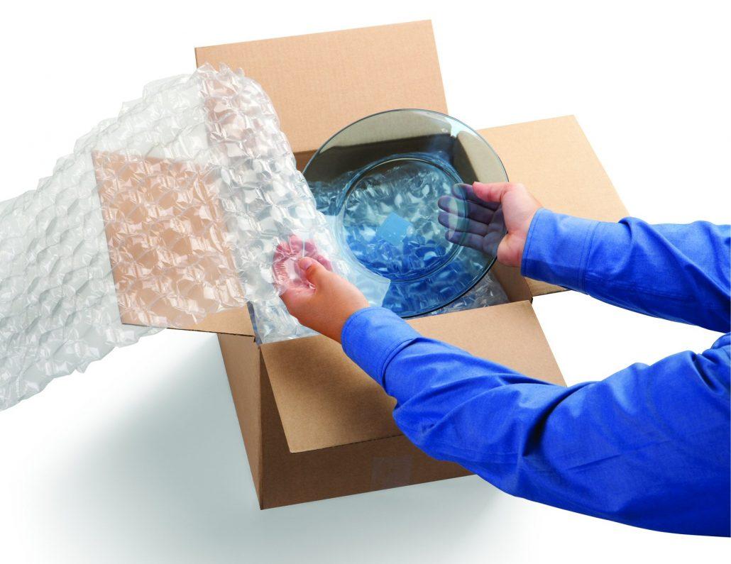 بسته بندی با استفاده از نایلون حبابدار